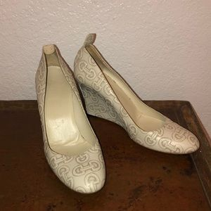 Gucci Horse-Bit White Patterned Wedges Size 41